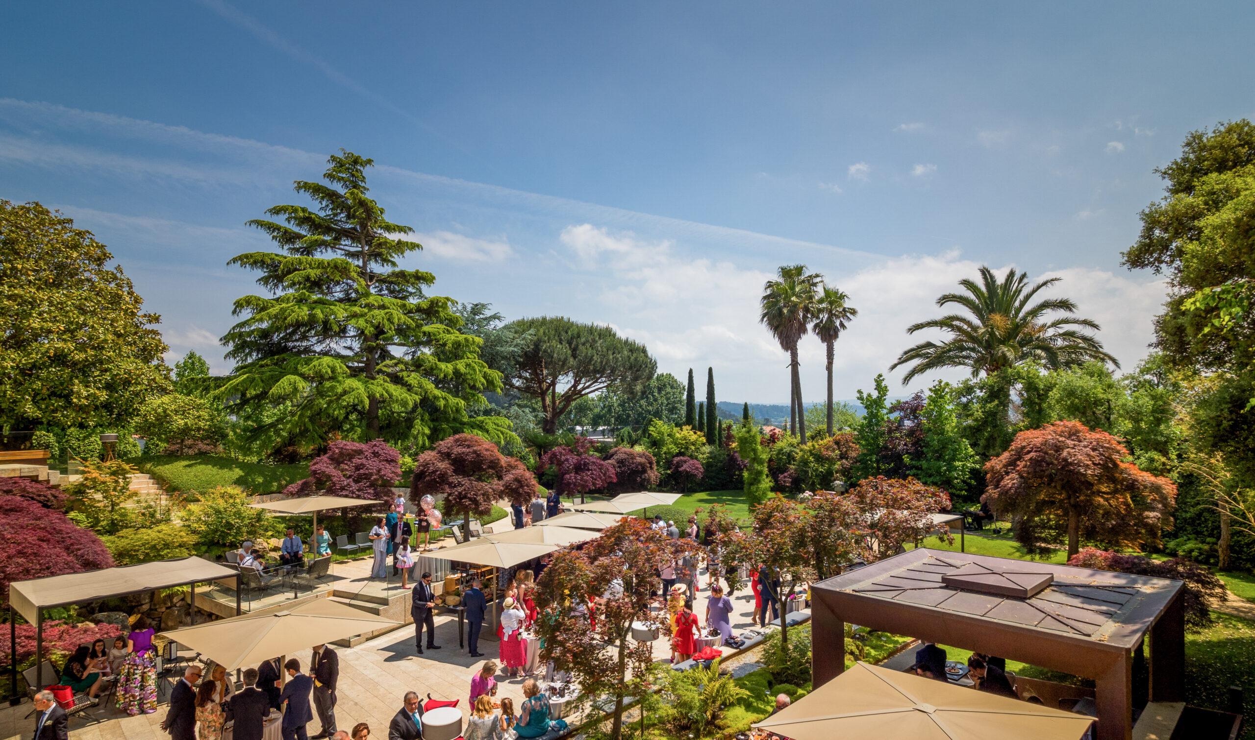 Celebra tu boda cocktail-tapas en el Jardín de los Arces