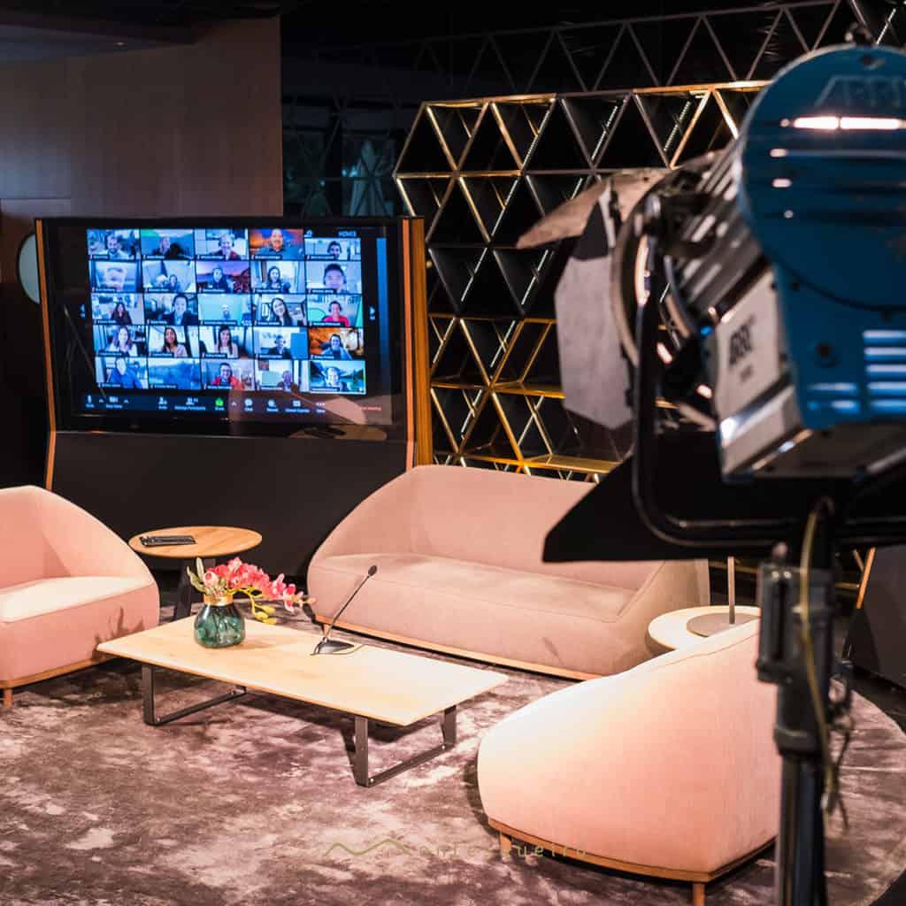 Virtual Meet es el espacio para eventos híbridos y virtuales en A Coruña